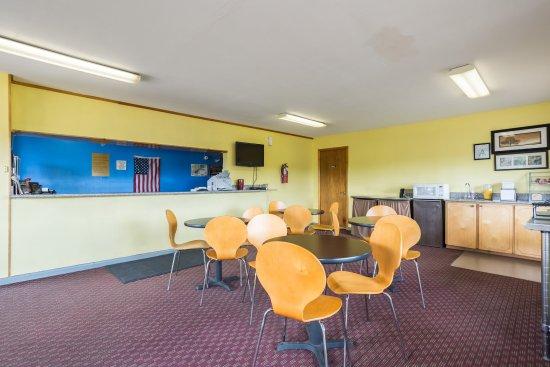 Sardis, MS: Breakfast Area