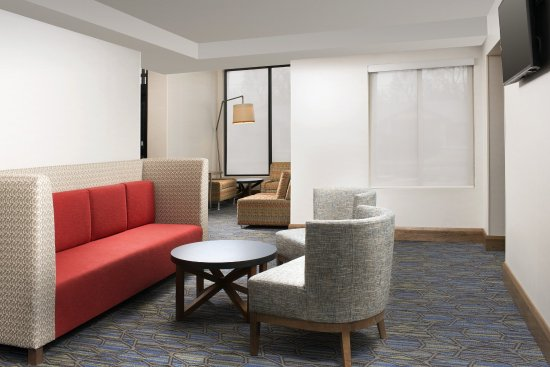 College Park, MD: Enjoy our guest lobby while checking in and using our free WIFI