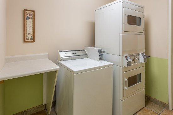 Streator, IL: Laundry
