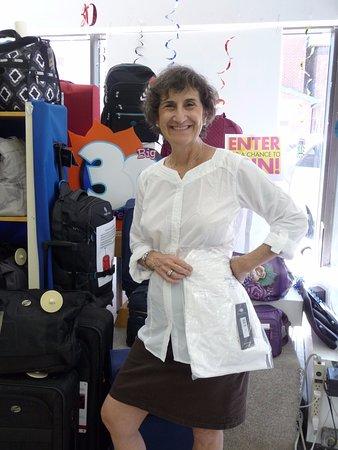 Ottawa, Kanada: sun protecting clothes, at capital city luggage