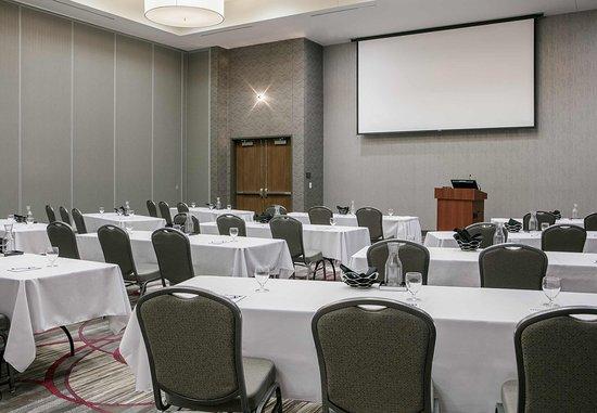 Bellevue, NE: Salon - Classroom Set Up