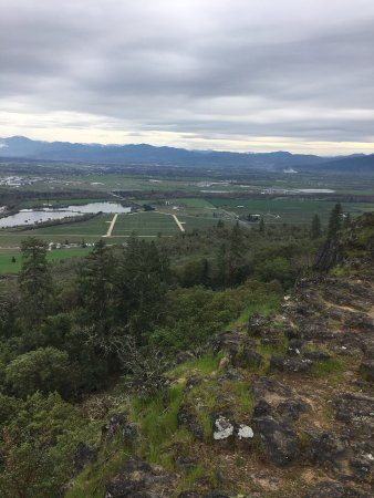 Medford, OR: Various photos from hike to top