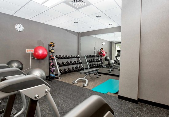 Chesterfield, VA: Fitness Center - Free Weights