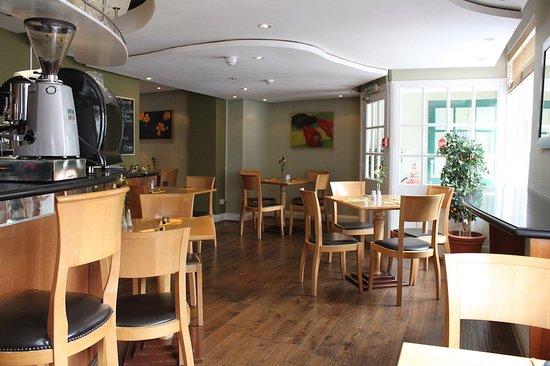 Oakham, UK: WHIPPERRestaurant IN