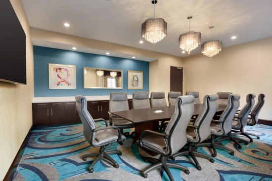 Duluth, GA: Executive Boardroom