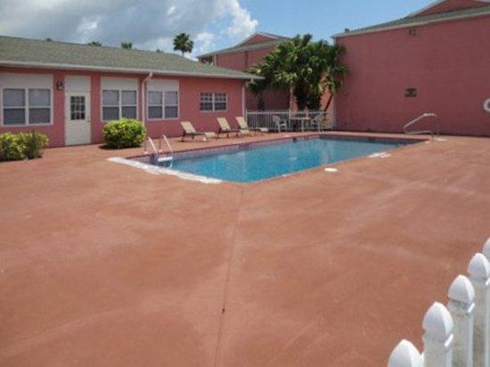 Okeechobee, FL: Pool