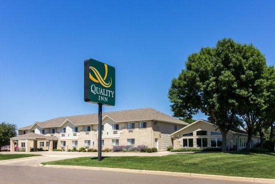 Quality Inn Marshall: Exterior