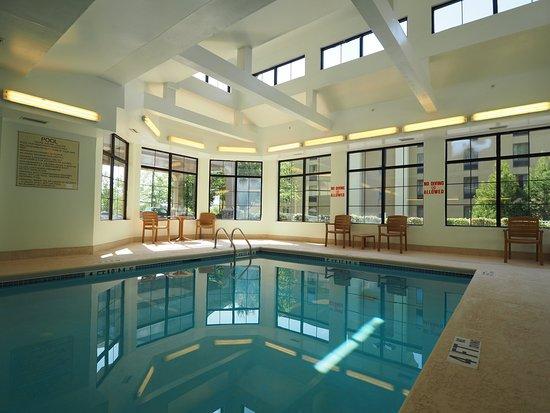 Canton, GA: Pool CNGA