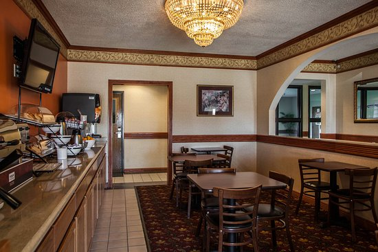Quality Inn Updated 2017 Hotel Reviews Price Comparison Michigan City In Tripadvisor
