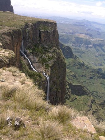 KwaZoeloe-Natal, Zuid-Afrika: Tugela Falls from the top of the Mont au Sources Trail
