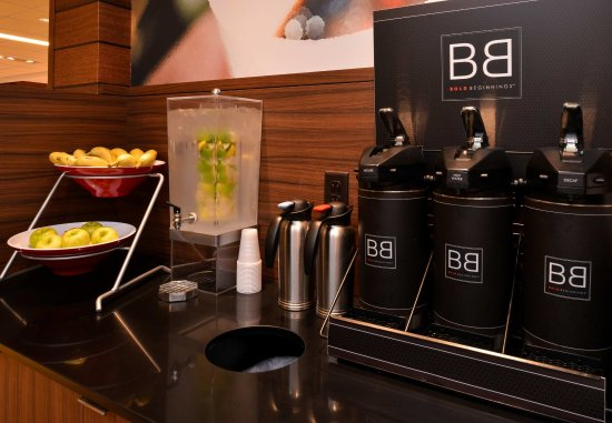 Plymouth, Nueva Hampshire: Breakfast Buffet - Coffee