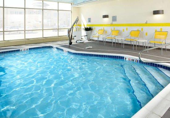 Triadelphia, Virginia Occidental: Indoor Pool