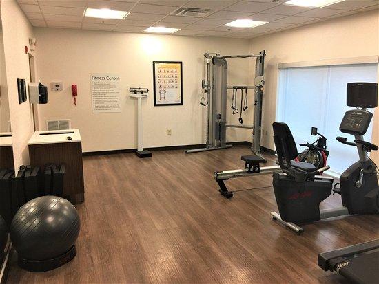 Danville, KY: Deluxe Fitness Center