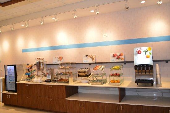 Danville, KY: Breakfast Bar