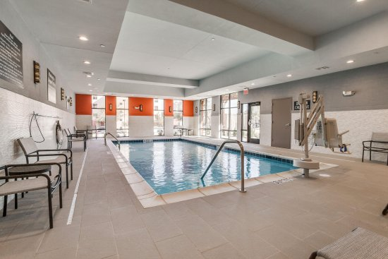 Hampton Inn U0026 Suites Dallas   Central Expy North Park Area: Indoor Pool