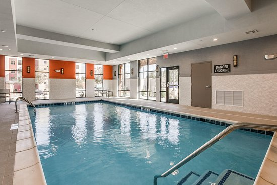 Indoor Pool - Picture of Hampton Inn & Suites Dallas - Central ...