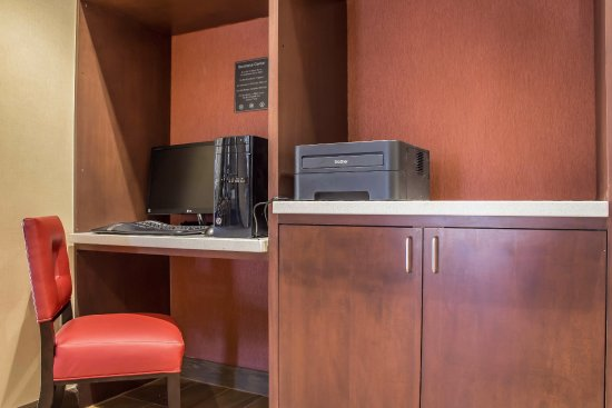 Comfort inn Lucky  lane: Business Center