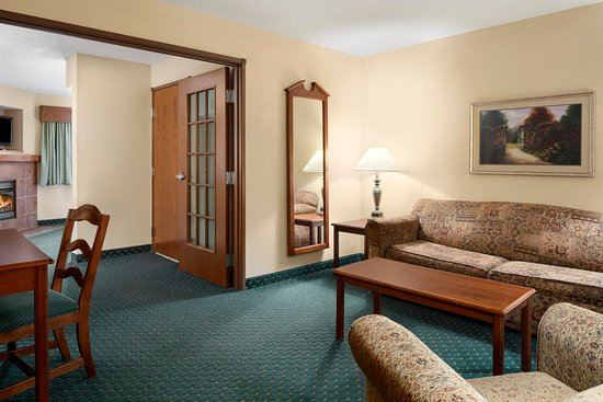Jonesborough, TN: Suite