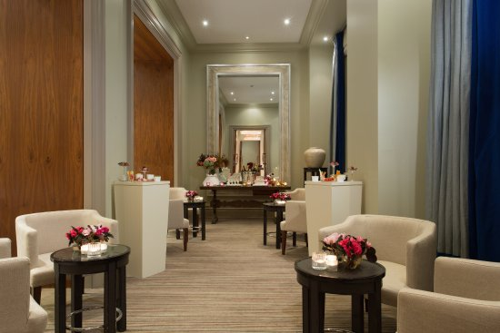 Hotel Amigo - Ballroom Foyer