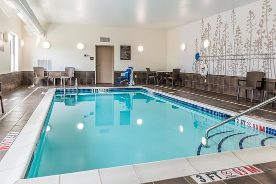 Cumberland, MD: Pool