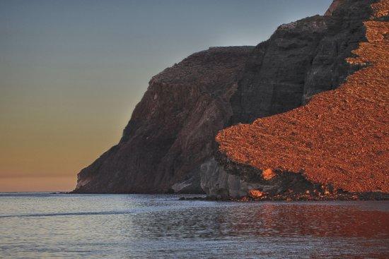Baja Outdoor Activities (BOA): North End Cliffs Espiritu Santo