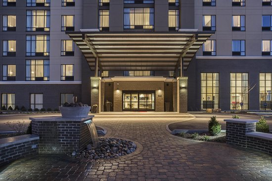 Hampton Inn & Suites Newport / Cincinnati
