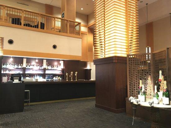 Kiroro Snow World : 華麗的喜樂樂度假村酒店大堂