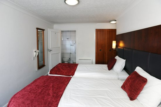 Darrington, UK: Twin room