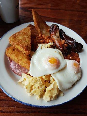 Barlborough, UK: Breakfast Carvery.