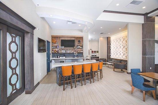 El Segundo, CA: Lounge