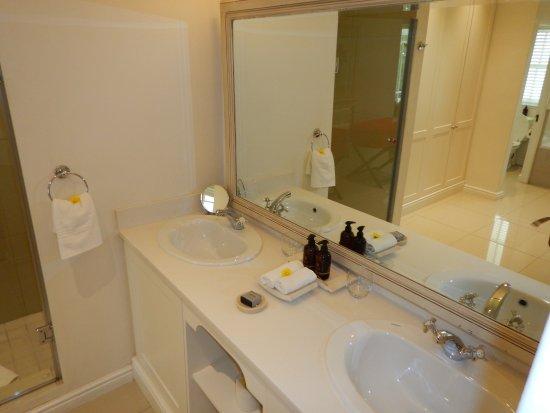 โรงแรมเดอะลาสเวิล์ดฟรานโชค รูปภาพ