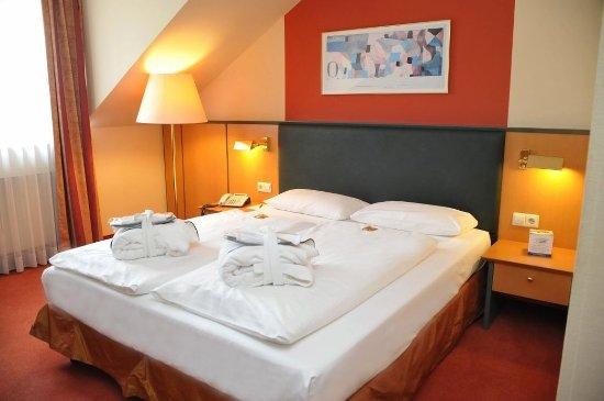 Halle Westfalen, Allemagne : Guestroom BXX 1
