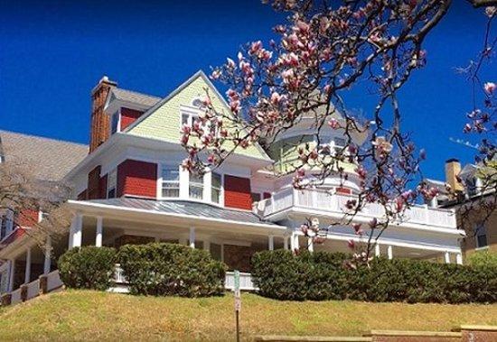 Staunton, فيرجينيا: Exterior