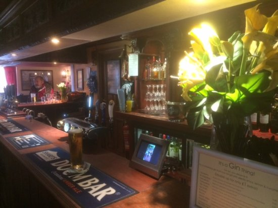 Betchworth, UK: Lovely Bar