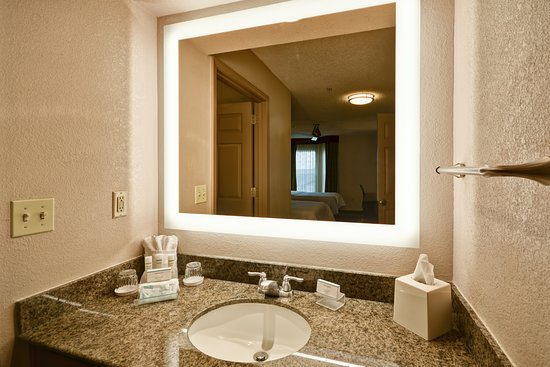 Beaverton, OR: Vanity Area