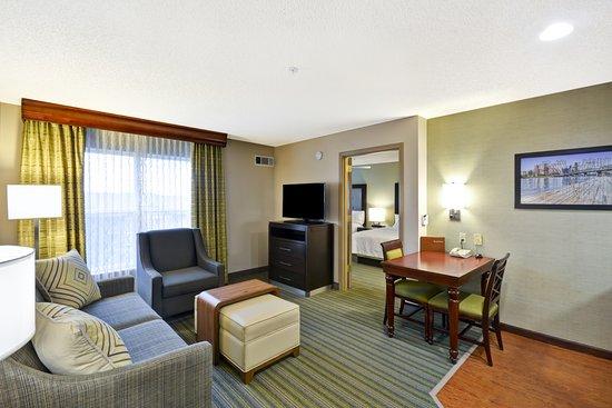 Beaverton, OR: One Bedroom Living Area