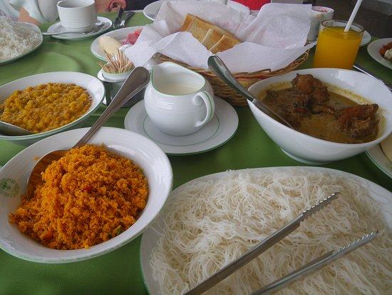 Hotel Elephant Park: srilankesisches Frühstück