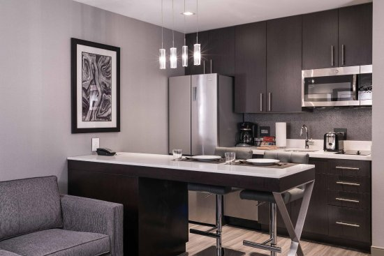 Chelsea, MA: Suite Kitchen