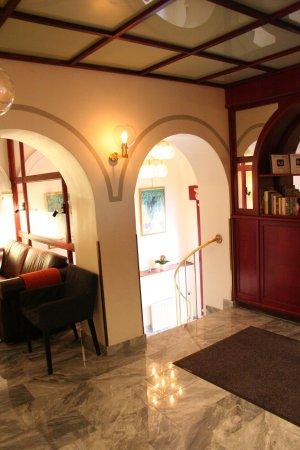 Hotel Poseidon: Lobby