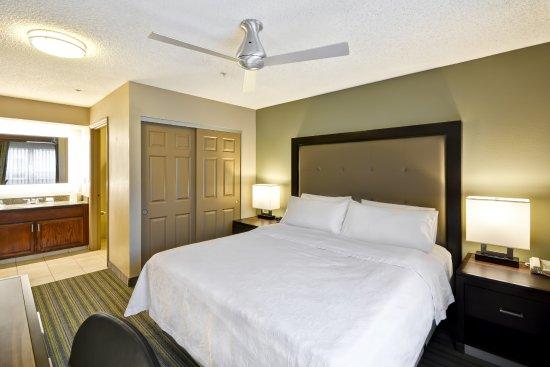 Beaverton, OR: King Suite
