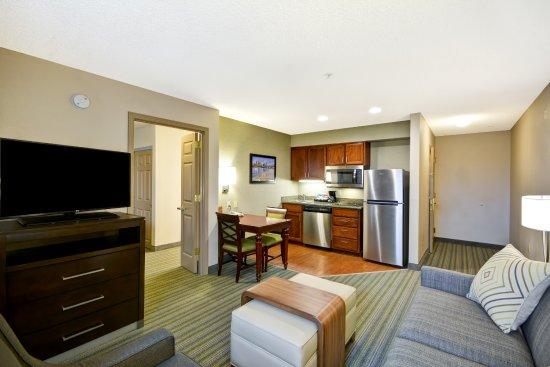 Beaverton, Oregón: Living Area
