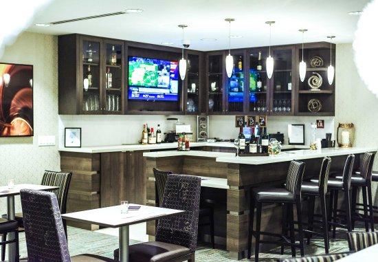 Glen Mills, Pensilvanya: The Lounge