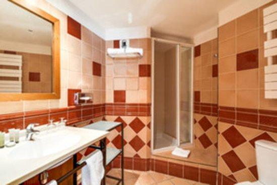 Pavillon Opera Grands Boulevards : Bathroom