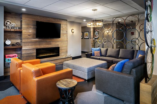 Barrie, Canada: Lobby Lounge