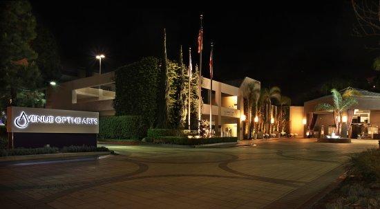 Avenue of the Arts Costa Mesa, a Tribute Portfolio Hotel: Exterior