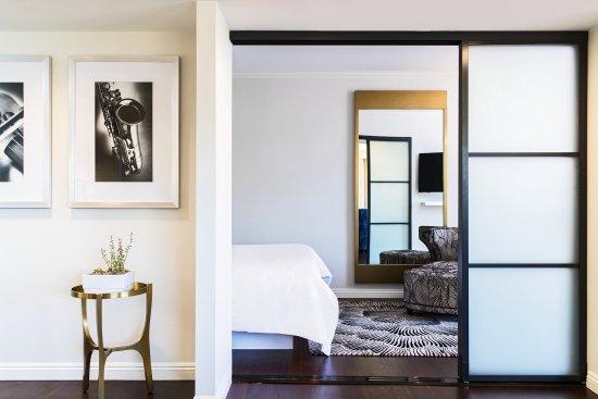 Costa Mesa, CA: Suite Executive Bed