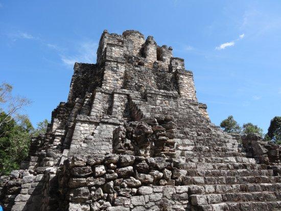 กินตานาโร, เม็กซิโก: El Castillo