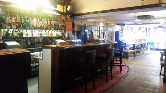 Macclesfield, UK: Well stocked bar
