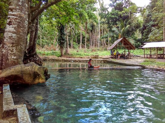 Jagna, Philippines: clean cold spring