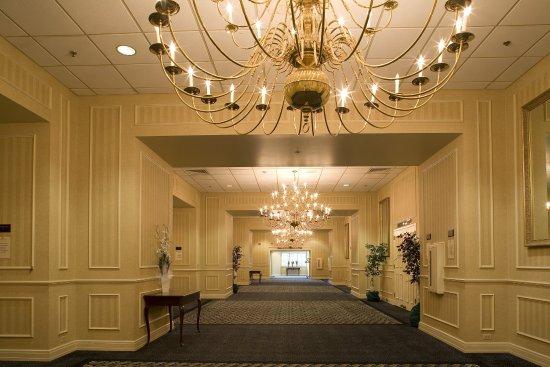 Southbury, CT: Reception Area